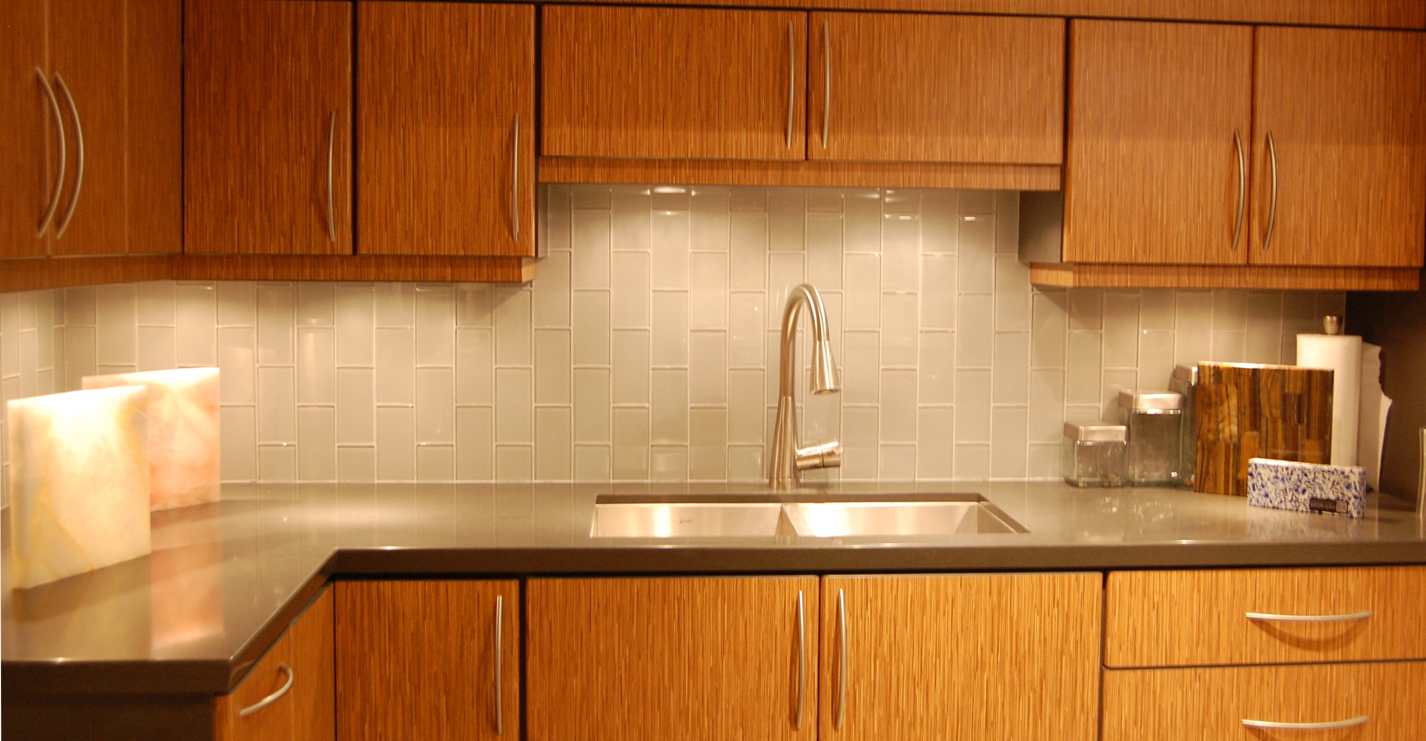 kitchen renovation, kitchen backsplash installation
