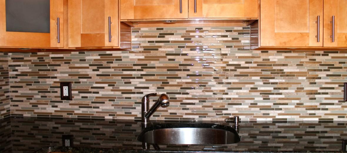 kitchen renovation, kitchen glass backsplash