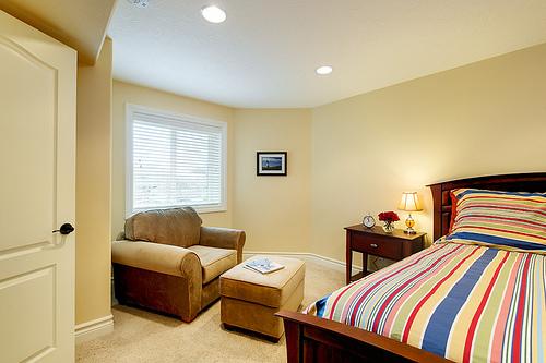 basement bedroom ideas, basement bedrooms